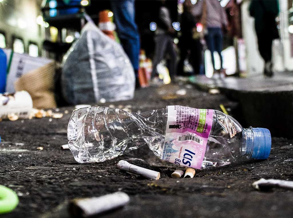 tassa sulla plastica inglese